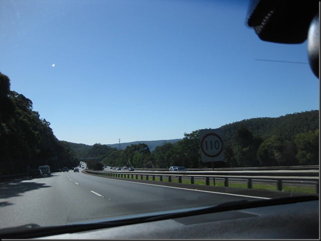 aussie roadtrip 4 the mountains on the F3