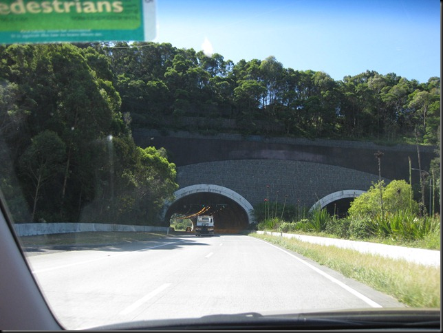 Aussie Road Trip 14 tunel North of Byron Bay