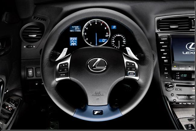 Lexus ISF dash