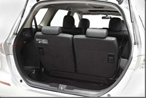 Honda Odyssey rear seats (3)