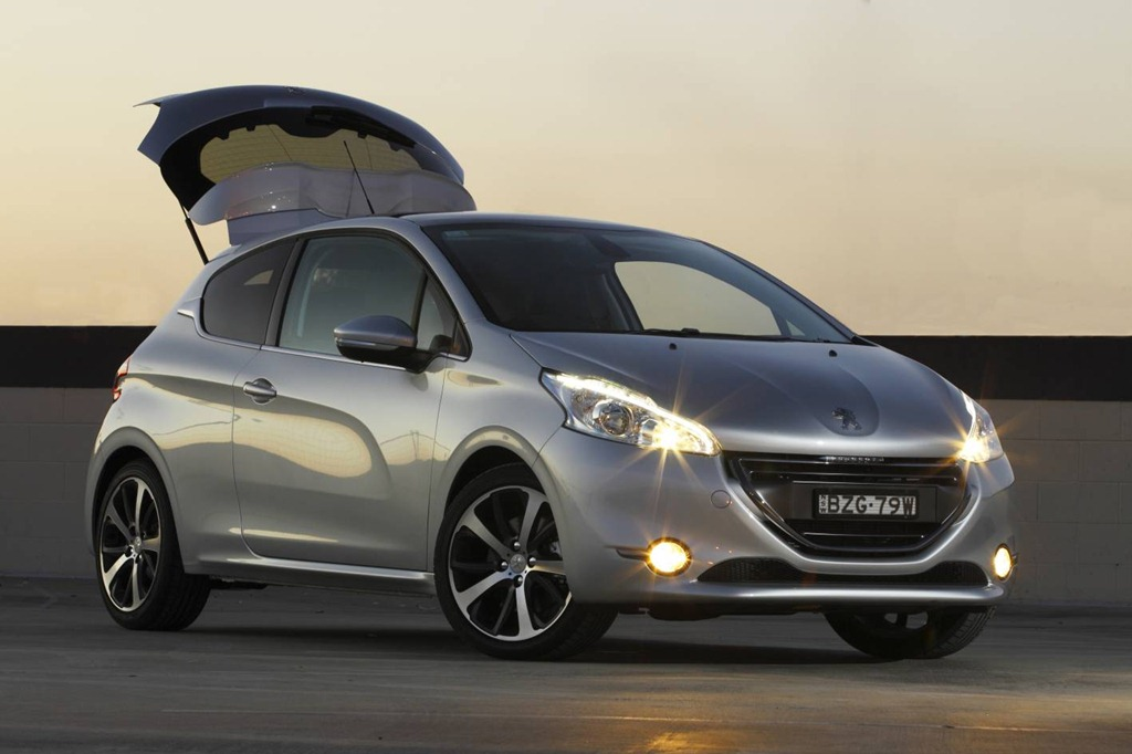 peugeot 208 gaycarboys com. Black Bedroom Furniture Sets. Home Design Ideas