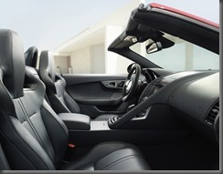 Jaguar F-TYPE_HOUSE_V8_1 (7)