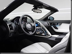 Jaguar F-TYPE_STUDIO_V6_1 (4)