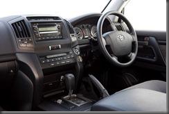 2007 Toyota LandCruiser 200 GXL interior