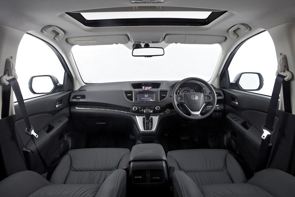 Honda crv just the thing for contemplating charismatic for Honda cr v 2013 interior