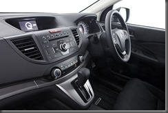 Honda_CR-V_two-wheel_drive_interior (1)