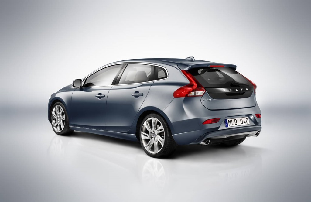 Volvo Cars Roadshow Rolls into Town – GAYCARBOYS.COM