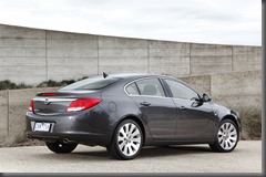 INSIGNIA Select Sedan Rear static 2