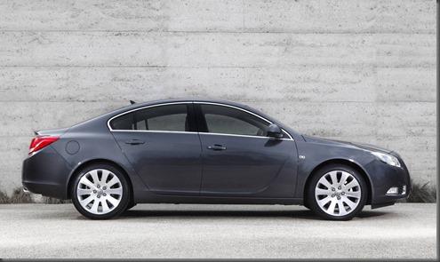Opel Insignia 2014 (2)