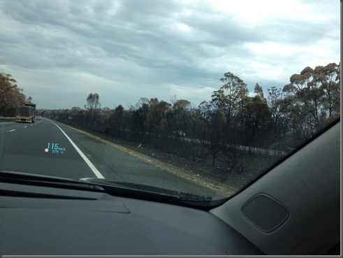 VF Holden Calais M5 hume hwy fire damage(5)