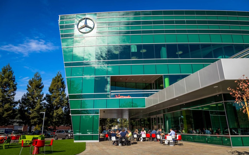 Grand opening of new mbrdna headquarters and mercedes benz for Mercedes benz usa headquarters address