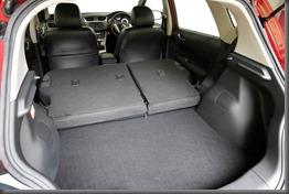 Nissan Pulsar Hatch SSS (9)