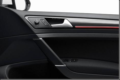 Golf MK VIII GTi led lit door trim med res (8)
