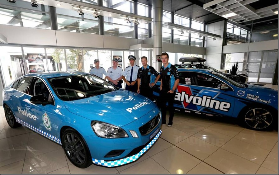 Volvo Polestar racing drivers hand over S60 Polestar to police (1)