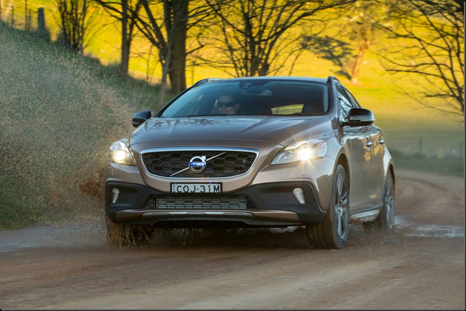 Volvo V40 Cross Country  gaycarboys (6)