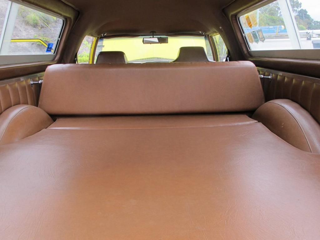 uber sandman a star of shannons sydney late spring. Black Bedroom Furniture Sets. Home Design Ideas