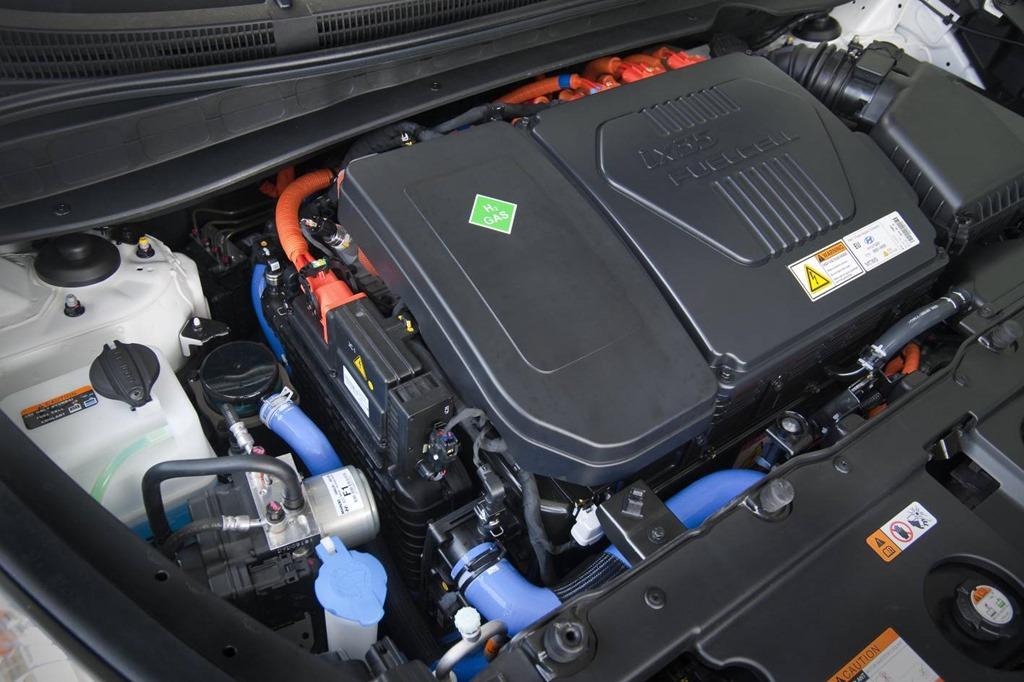 hydrogen powered hyundai ix35 fuel cell arrives in australia gaycarboys com. Black Bedroom Furniture Sets. Home Design Ideas