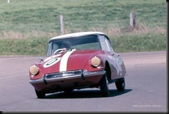 B Buckle and B Foley Citroen ID19 Bathurst 1964 - Courtesy Autopics GAYCARBOYS