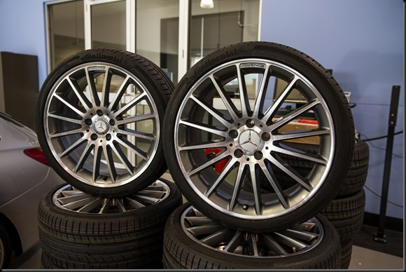 The fake wheel (left) and the genuine wheel (right).