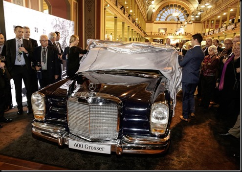 Special Edition SL 500 unveiled at Motorclassica gaycarboys  (7)