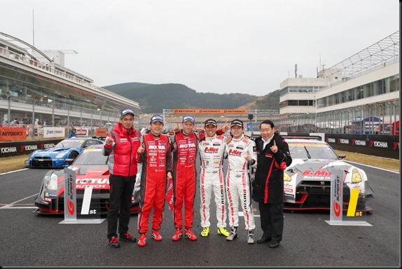 #1 Tsugio MatsudaRonnie Quintarelli (#1 MOTUL AUTECH Nissan GT-R NISMO GT500) and #3 Kazuki HoshinoMitsunori Takaboshi (#3 B-MAX NDDP Nissan GT-R NISMO GT3)