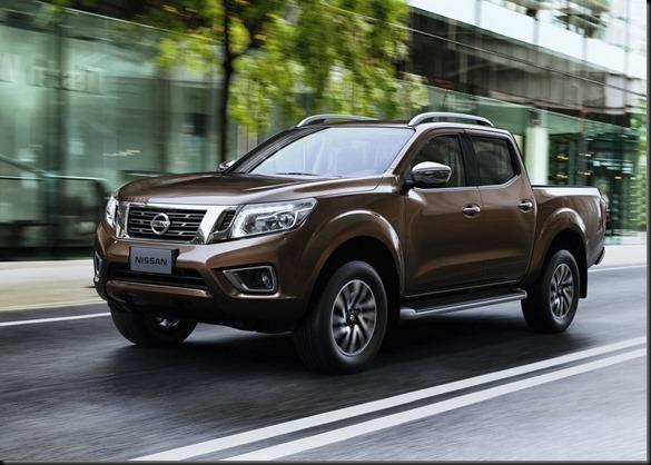 2015 Nissan NP300 Navara GayCarBoys (1)