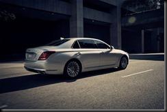 Genesis G90 Luxury Flagship  (2)