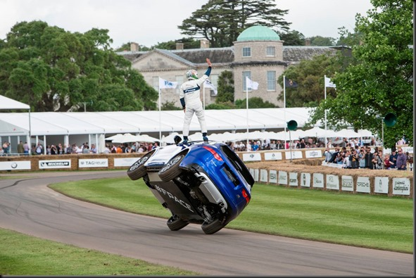 Jaguar F-PACE Thrills Goodwood gaycarboys