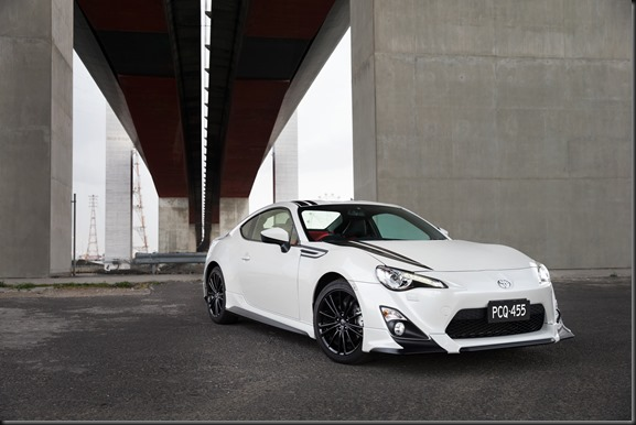 TOYOTA 86 Blackline Edition GayCarBoys (3)