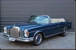 actory right-hand-drive 1965 Mercedes-Benz 300SE featuring a full interior re-trim and an engine rebuilt