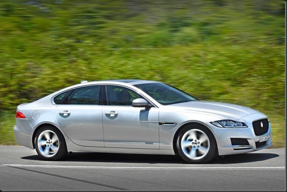 All-new Jaguar XF Prestige 20d - Rhodium Silver (2)