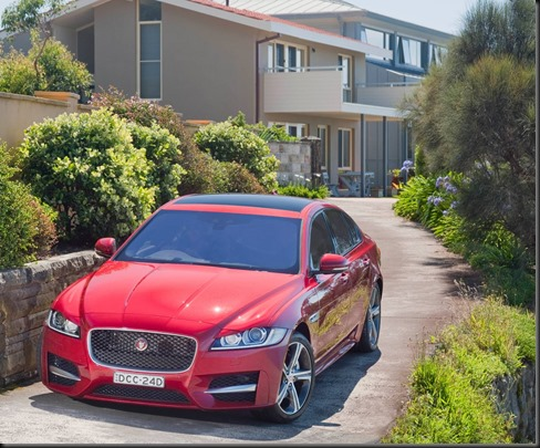 New Jaguar XF 2016 R-Sport 25t - Italian Racing Red (2)