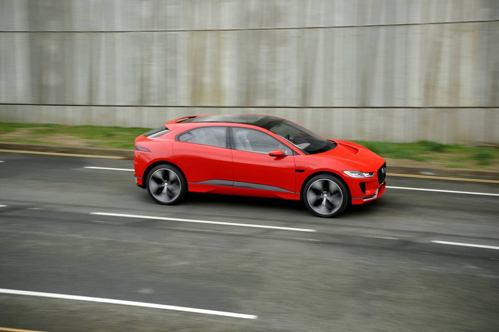 Jaguar I-Pace: The electric revolution hits the streets