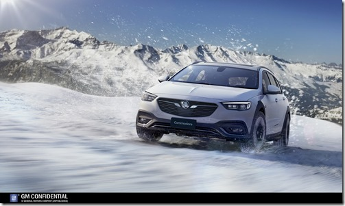 2018-Commodore -Tourer-in-snow (1)