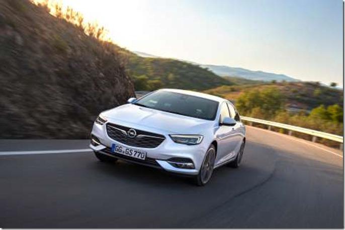 Opel-Insignia-Grand-Sport-F3Q