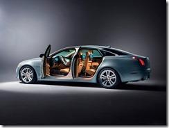 Jaguar XJ (4)