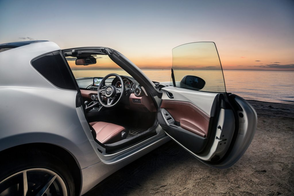 2019 Mazda MX5 driven, reviewed, andrated