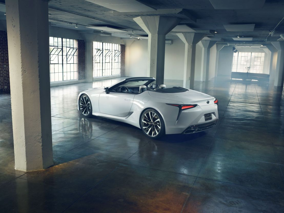 LEXUS makes LC sexier by losing the roof