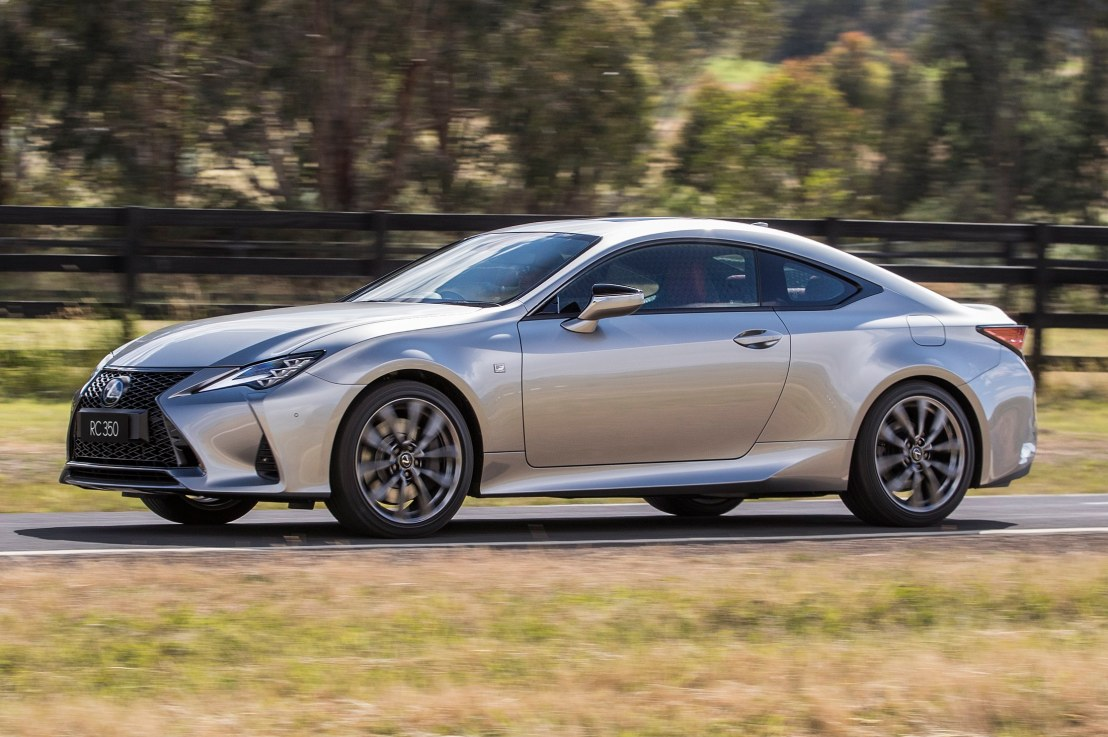 I drive the Delicious LEXUS RC350 F Sport VIDEOREVIEW